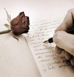 Escrita com caneta em papel quadriculado