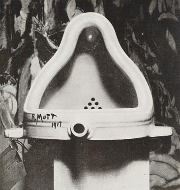 """A """"Fonte"""", de Marcel Duchamp, é uma obra emblemática do dadaísmo."""