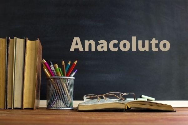 O anacoluto é uma figura de linguagem responsável por gerar uma ruptura na estrutura frasal.
