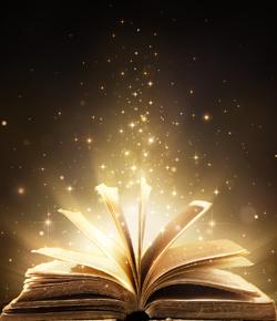Livro aberto e brilhando