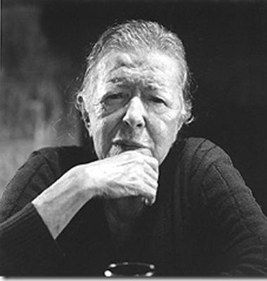 Hilda Hilst nasceu em Jaú, São Paulo, no dia 21 de abril de 1930, e faleceu em Campinas, no dia 04 de fevereiro de 2004 *