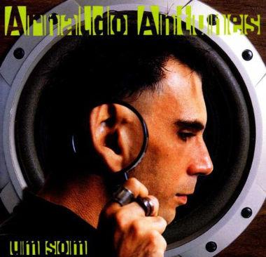 Um Som, álbum de estúdio de Arnaldo Antunes, lançado em 1998 pela gravadora BMG